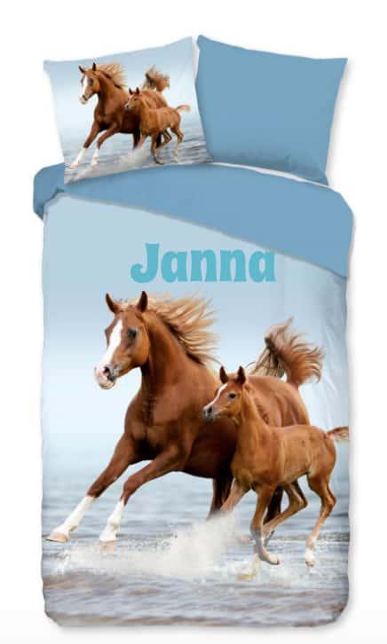 Dekbedovertrek Free Horses met naam